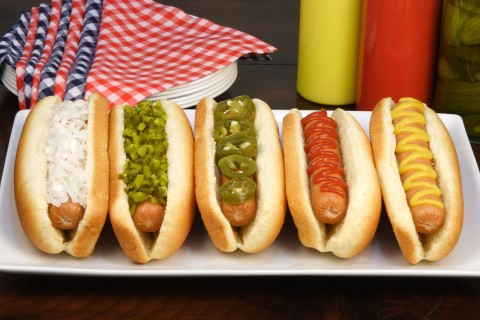 Hot dogs garnis
